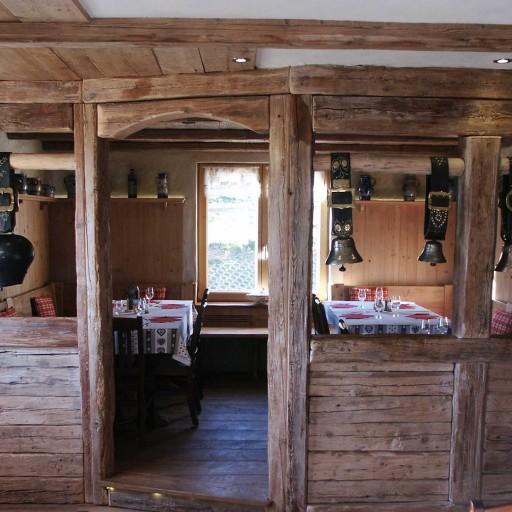 salle à manger chez Marie-Ève et Yves DEYBACH